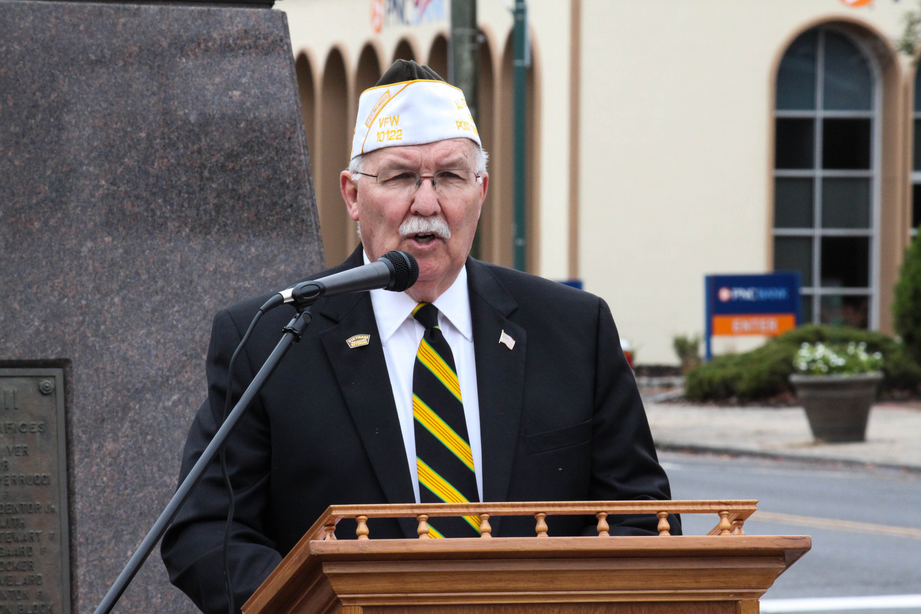 Joe McCourt shares heartfelt words with fellow Veterans