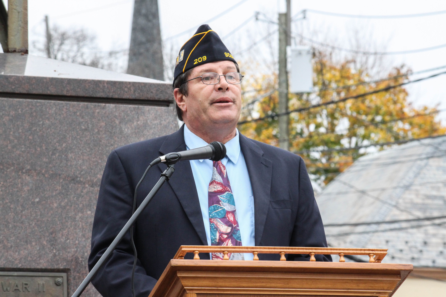 Kevin Burns of American Legion Post 209 commends Veterans of Scotch Plains