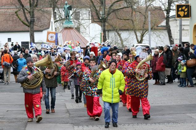 Narrwalla Ingolstadt  Prinzenpaarabholung + Schlüsselübergabe  13.01.2018