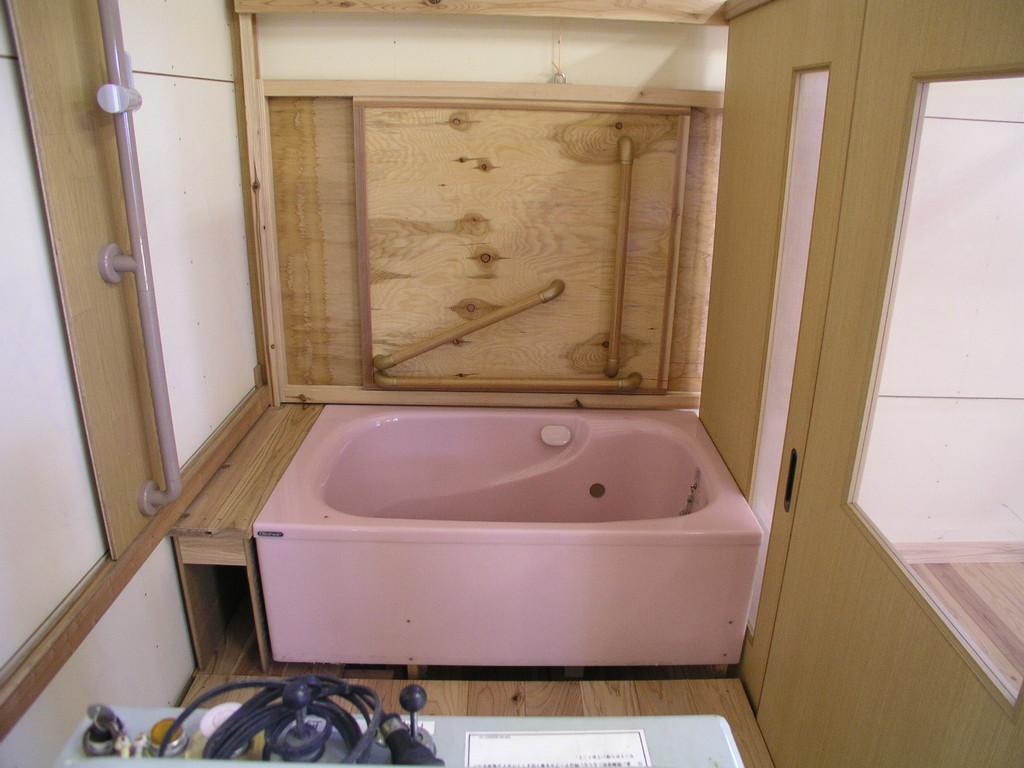 浴室の広さ確認巾1,365