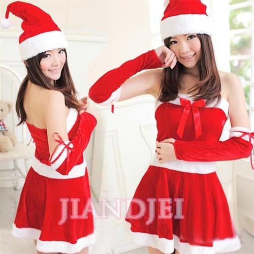 クリスマス衣装はこちらへ