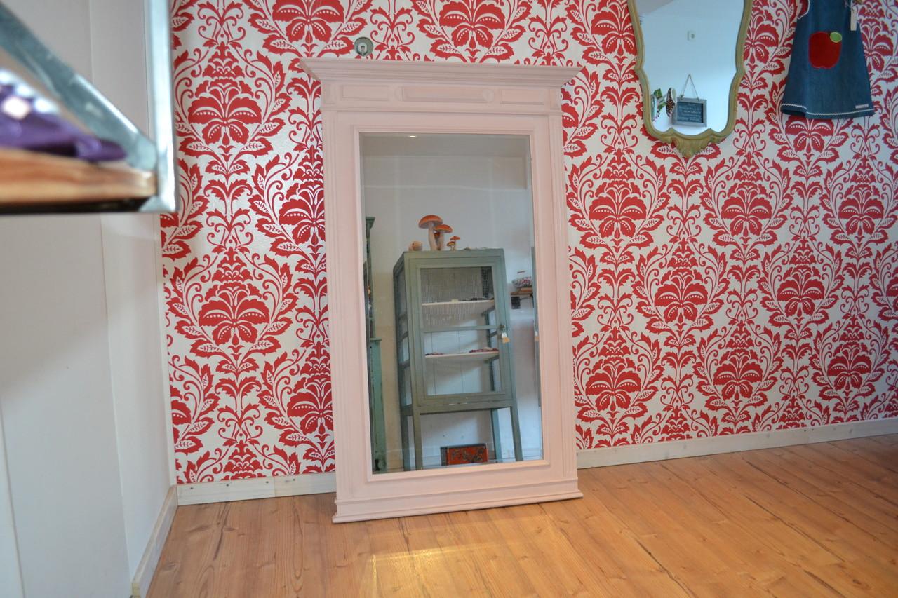 grosser spiegel mit annie sloan chalk paint antoinette gestrichen mit kreidefarbe m bel. Black Bedroom Furniture Sets. Home Design Ideas