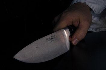 Self-defense contre un couteau ?