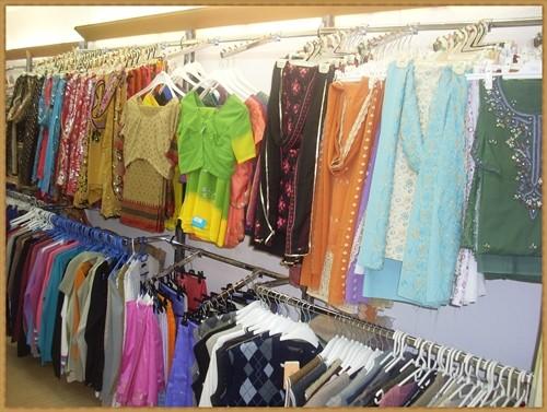 Blusen und Stoffe für Sari & Suits - Maßschneiderung möglich
