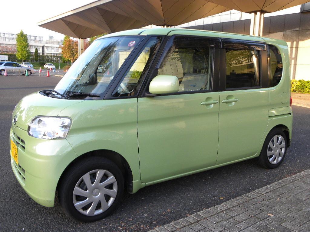 福祉車両(電動式座席)