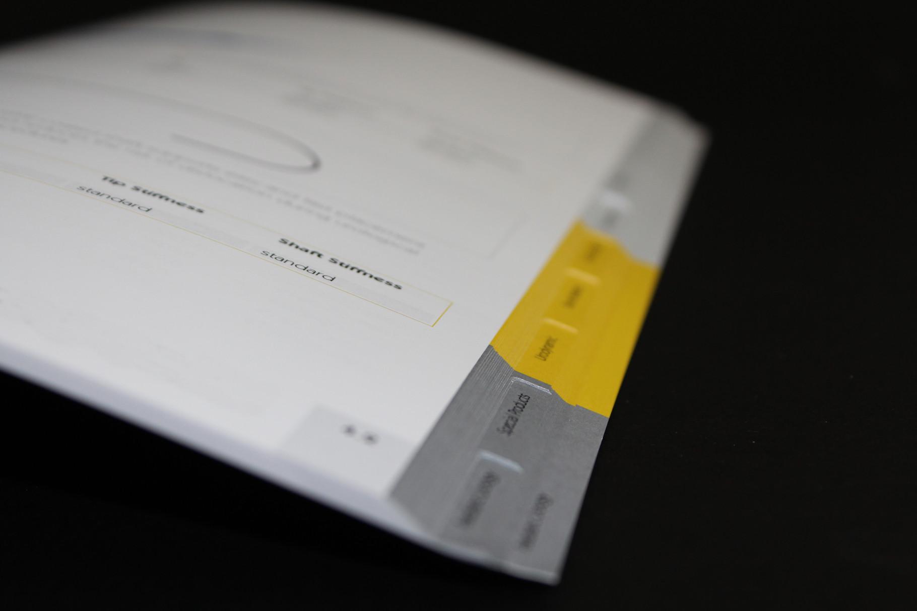 Registerstanzung, auch im Digitaldruck.