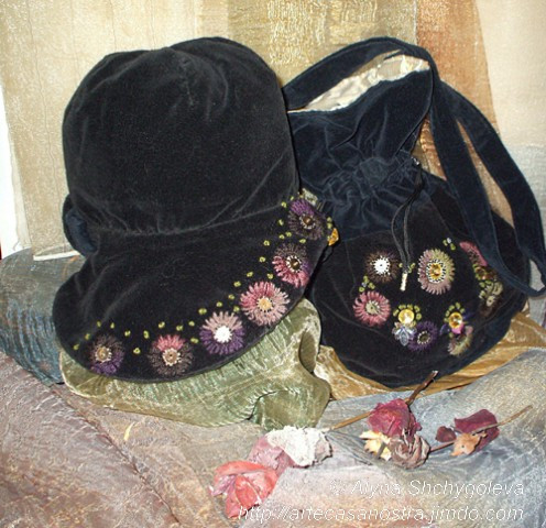 "dalla seria VELLUTO (hat & bag).!Autunno"": velluto,brocade, ricamo,strass,wool; embroidery"