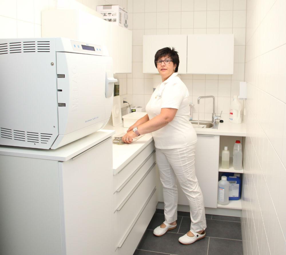Hygieneraum mit Autoklav