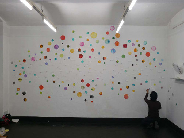 colour-signs of contact, mixed-media with cardboard, pins and thread, installation on the wall 86.6 x 196.9 in, ICW and Morakot Ketklao 2008