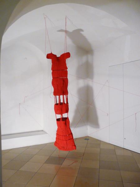 """Projektionen 2010, Claudia-Maria Luenig """"Ad Absurdum"""""""