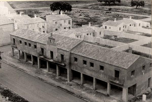 Edificio del Ayuntamiento en construcción (año 1965)