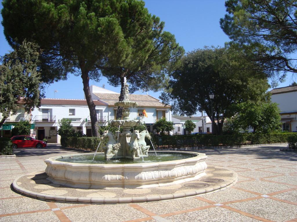 Fuente y Jardines de la Plaza Mayor