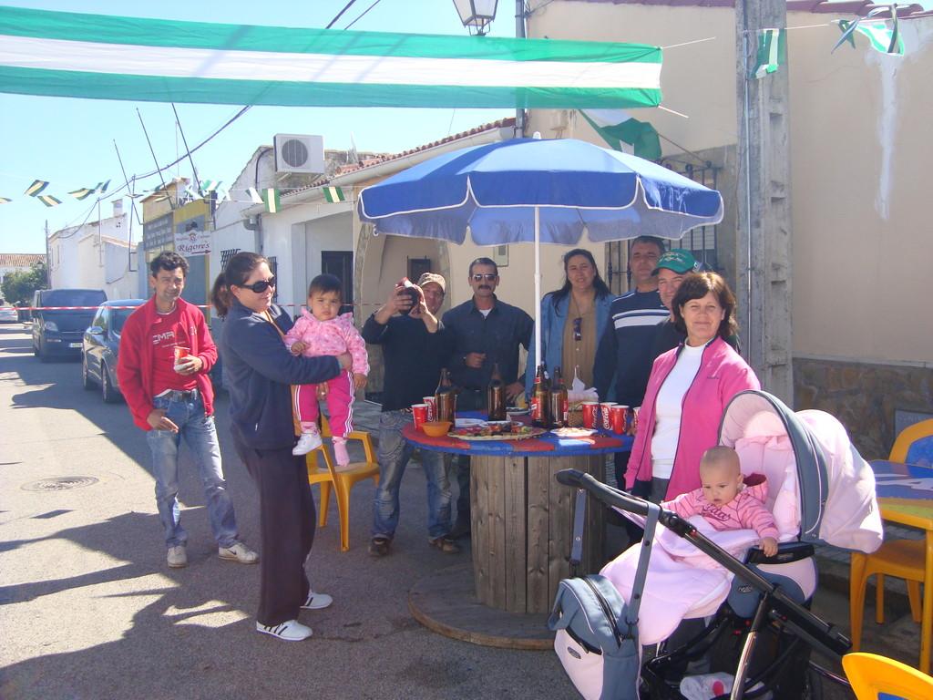 """Peroles Vecinales """"Día de Andalucía"""" en Mesas del Guadalora (28-02-2011)"""