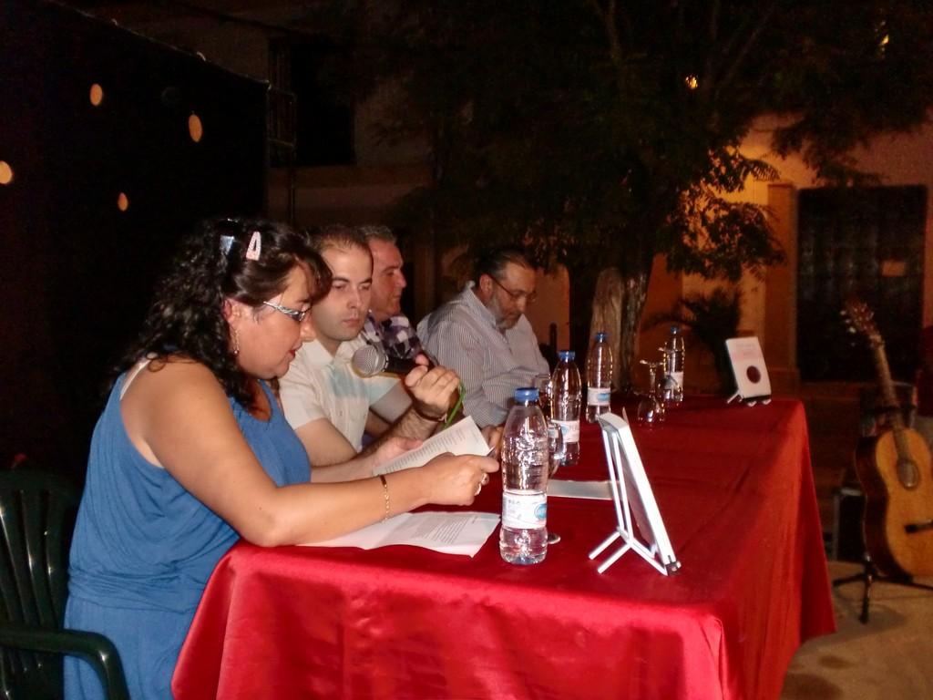 Presentación del Libro de Eugenia Moreno Aguilera en OCHAVILLO DEL RÍO