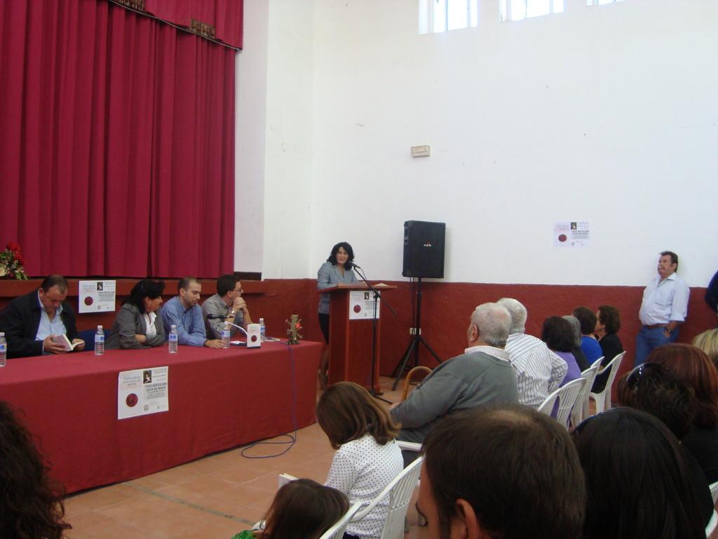 Presentación del Libro de Eugenia Moreno Aguilera en MESAS DEL GUADALORA