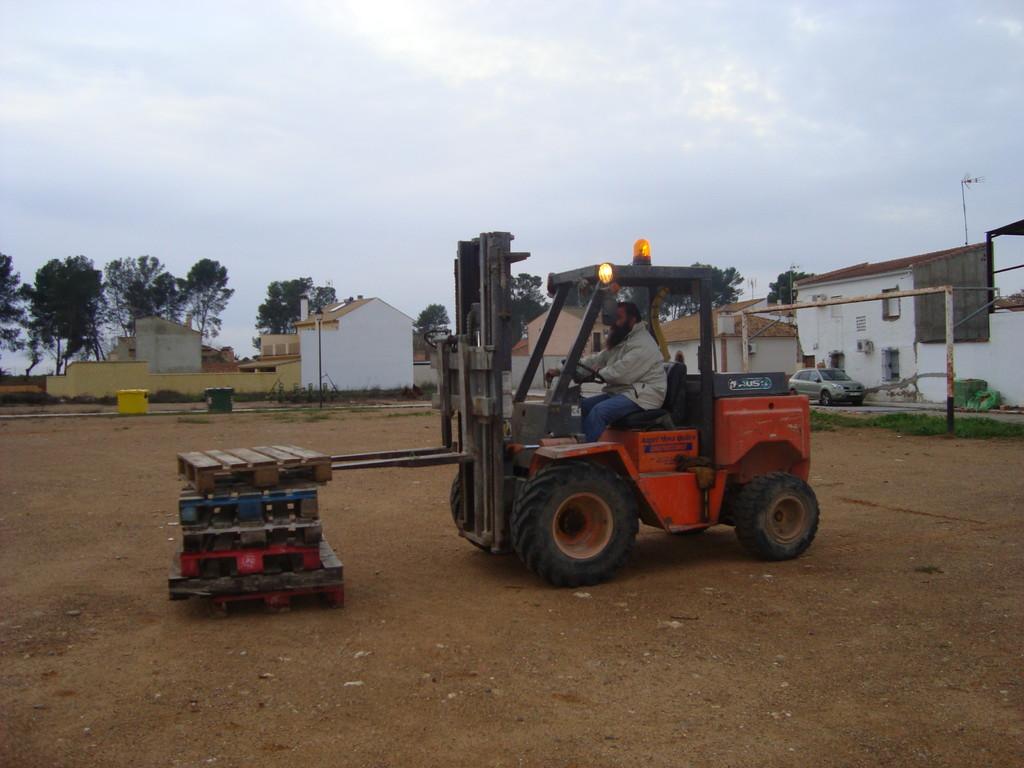 Curso de Conducción y Mantenimiento de Carretillas 2010