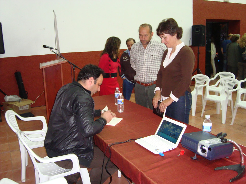 Presentación del Libro de Rafael Moya Ruiz en MESAS DEL GUADALORA