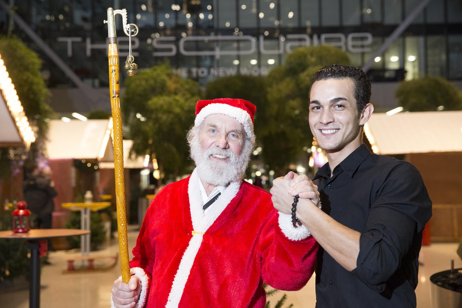 <h2>Der Weihnachtsmann</h2> schau bei uns in Frankfurt am Flughafen im Square vorbei