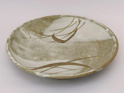 もみ灰釉草文鉢