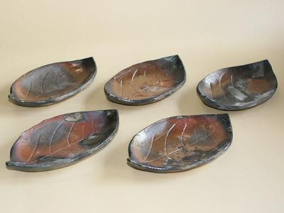 炭化焼〆組皿(艶)