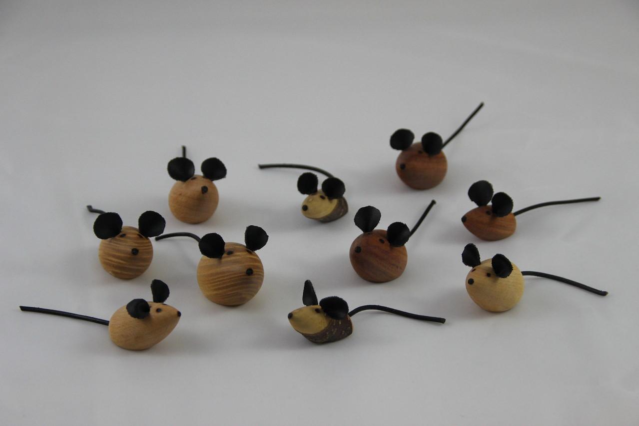 Pinnwandmäuse mit Magneten oder Nadeln