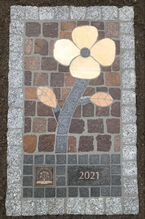 Pflasterarbeit Blume Gelsomino Design