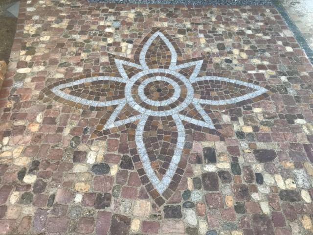 Pflasterarbeit Ornament Gelsomino Design