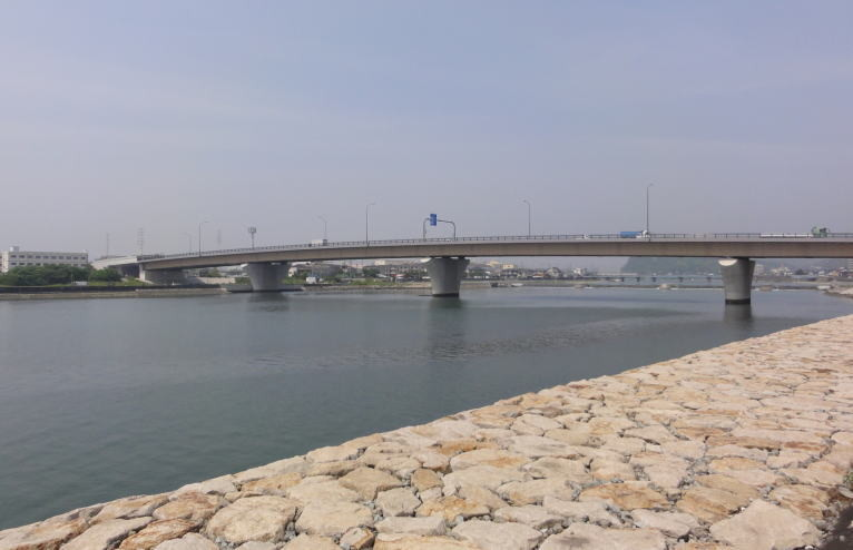 市川浜手大橋全景