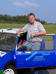 Teamchef / Fahrer: Friedhelm 390