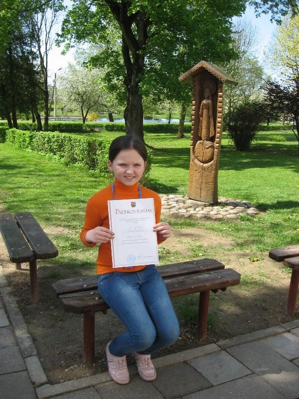 Aušrinė - rajono matematikos olimpiados III vietos laimėtoja.
