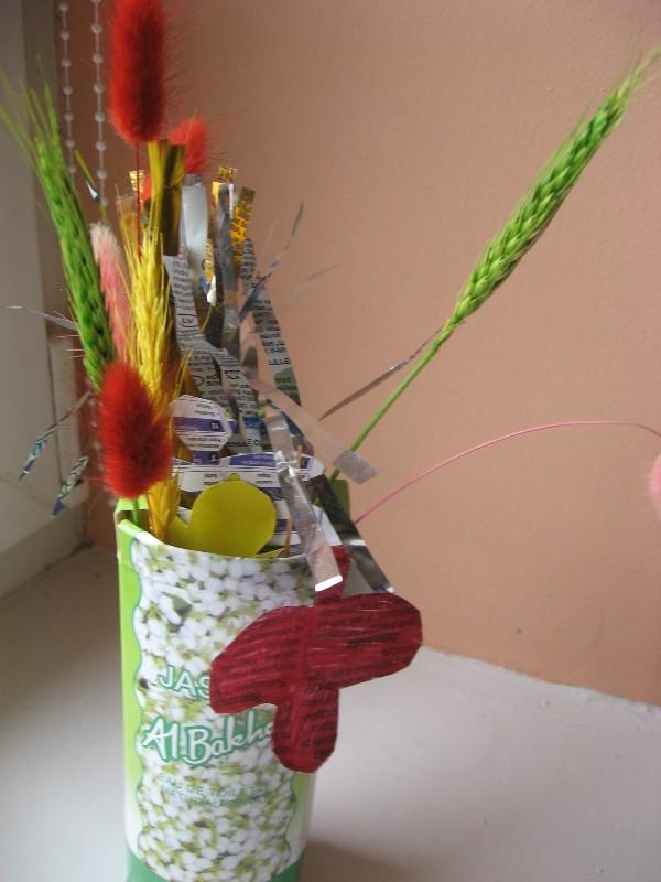 Armando vaza su gėlėmis