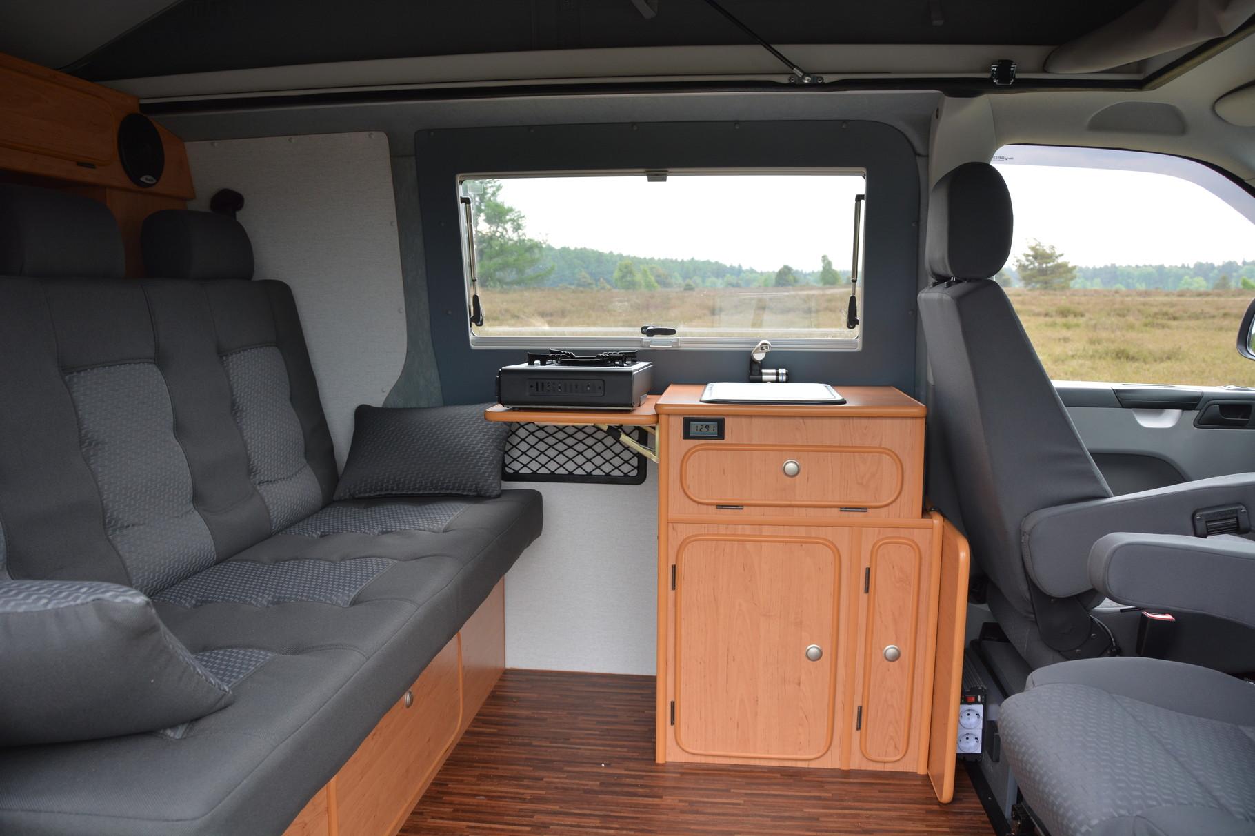 wohnmobil k chenblock selber bauen hochschr nke k che. Black Bedroom Furniture Sets. Home Design Ideas