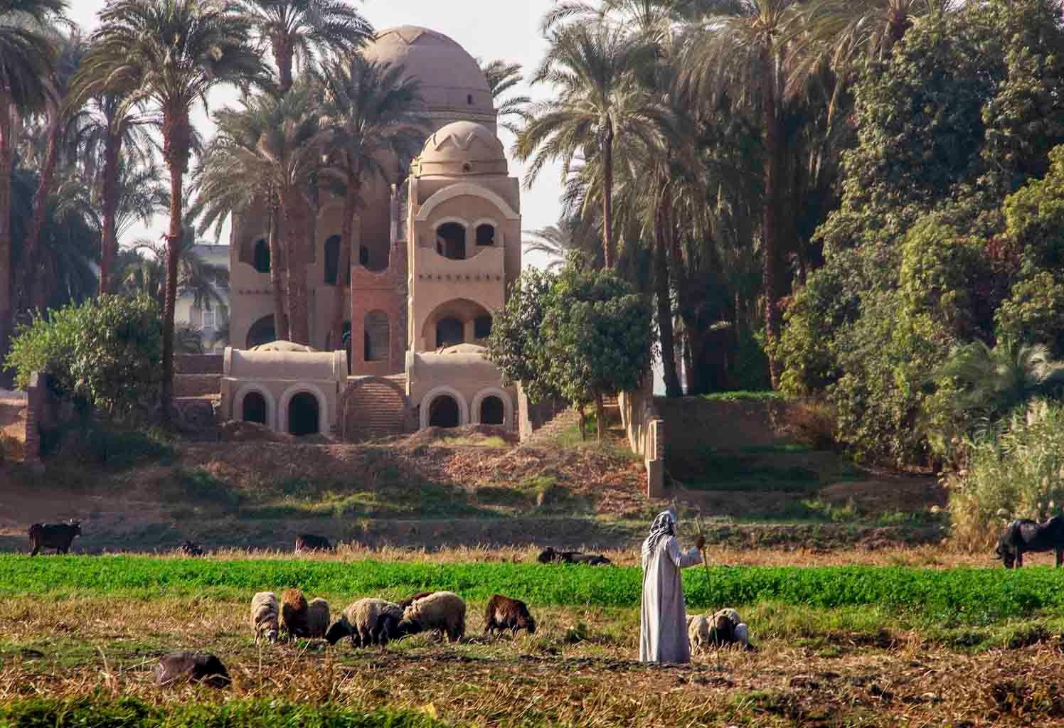 Luxor - Egypt © 2014 Nik Schwald.