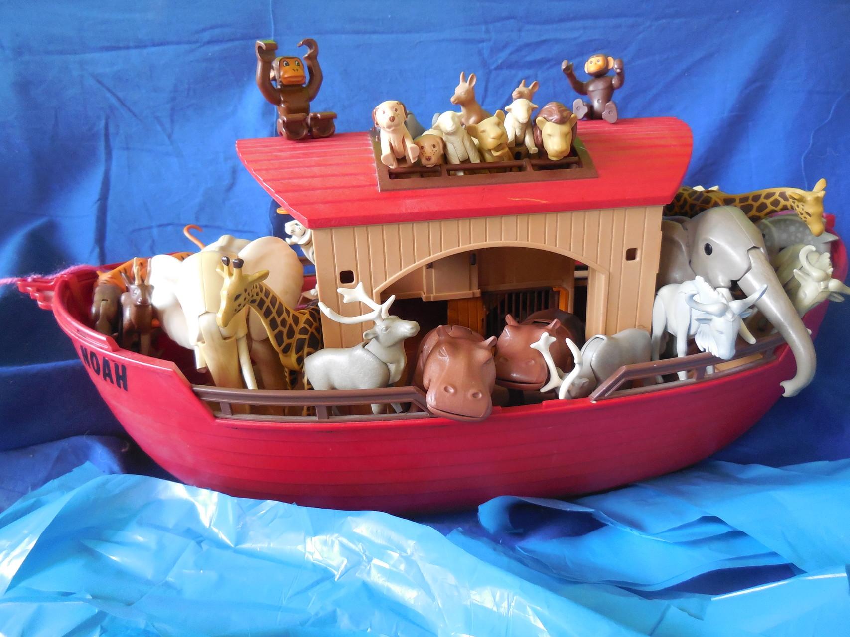 Könnten diese Tiere auch heute so nebeneinander auf einem Schiff stehen?