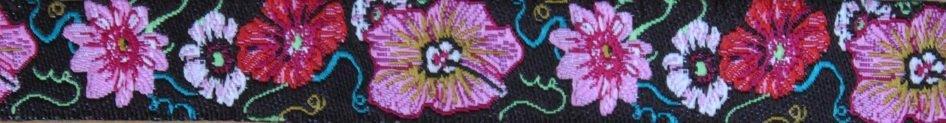 Hibiscus schwarz-bunt