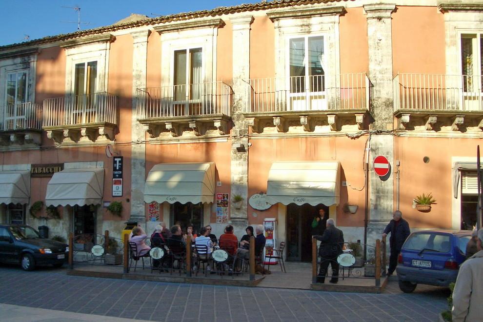 53                     Palazzolo Acreide