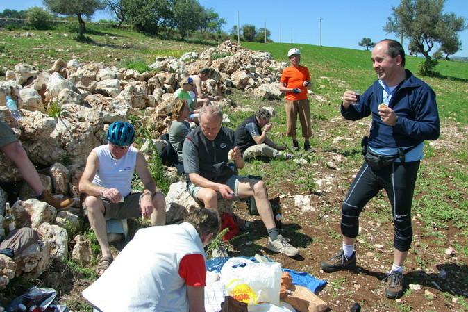 39                    Picknick mit sizilianischen Leckereien
