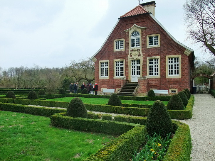 6                         Haus Rüschhaus