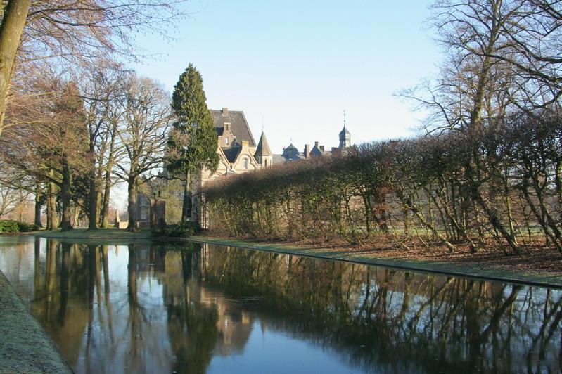 4                      Schloss Darfeld
