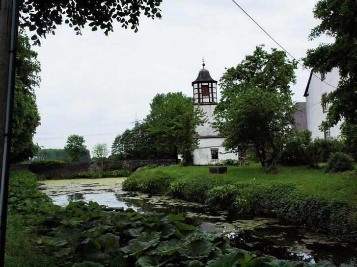 14                  Schloss Alt-Barenaue