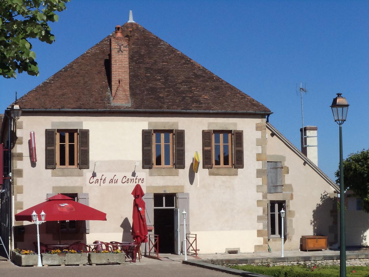 Cafe Du Centre Saint Menoux