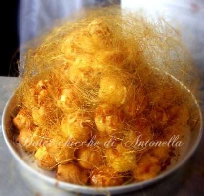 Croquembouche la spezia www.dolcichicchediantonella.com