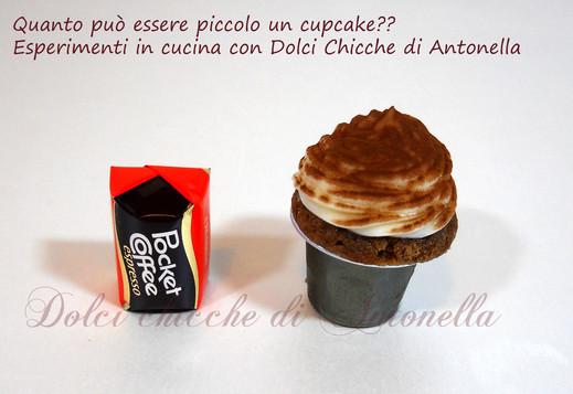 Mini Mini CupCake - http://iltavolierespeziato.jimdo.com/cupcakes/