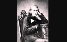 """""""Wiegenlied, guten Abend, gute Nacht. En français on l'appelle la berceuse de Brahms."""" (p.98)"""