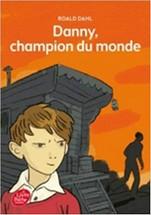 Livre de poche jeunesse, 2015, 288 p.