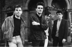 """♪ Handsome Devil ♫ The Smiths (""""la voix de Morrissey a le même timbre que la mienne"""" p.181)"""