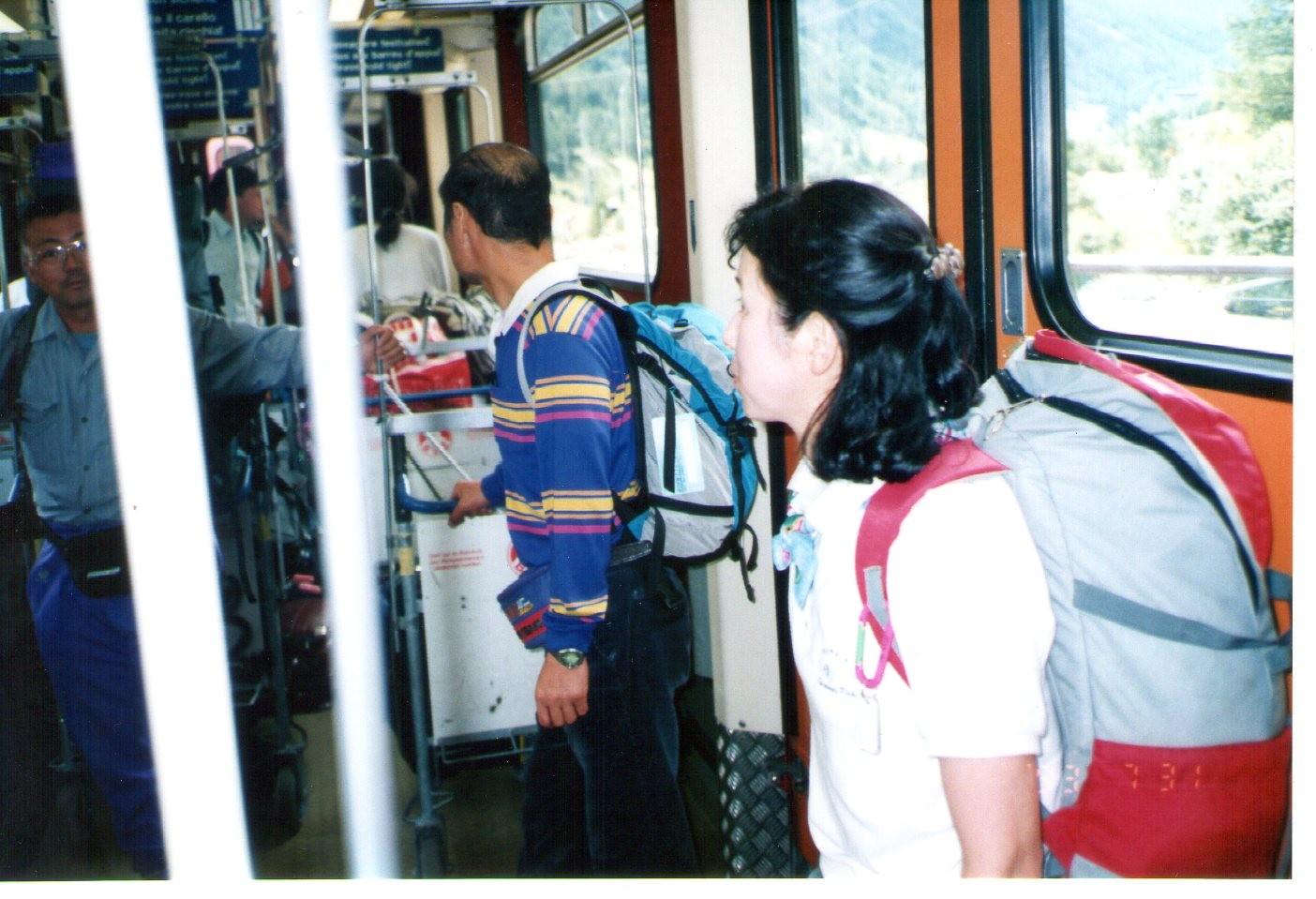 電車に乗継ツエルマットHotel「Pollux」19・00