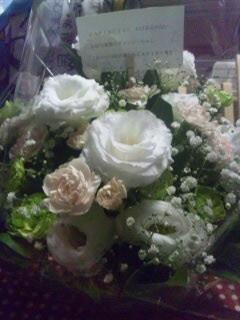 犬猫執事さんからのチャッピーへのお花です。ありがとうございます。