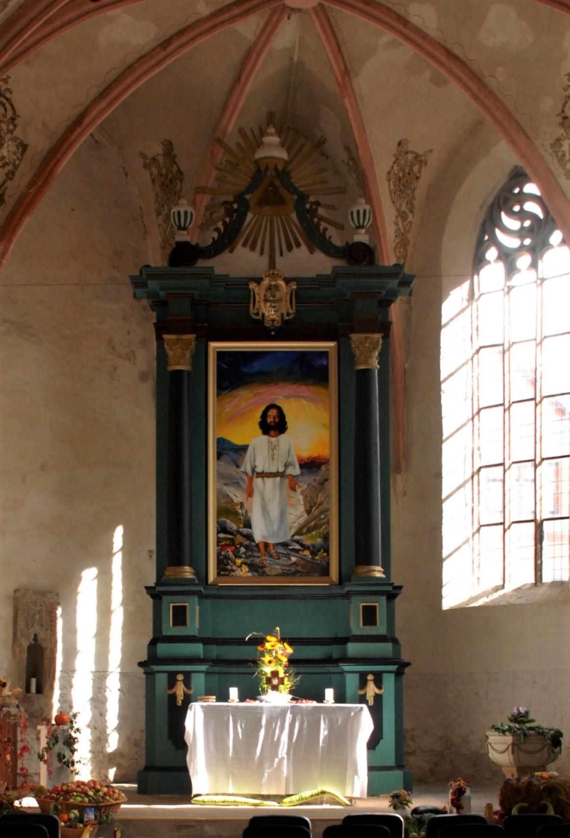 Chorraum Kirche St.Ulrich in Kindelbrück - Blick auf den Altar
