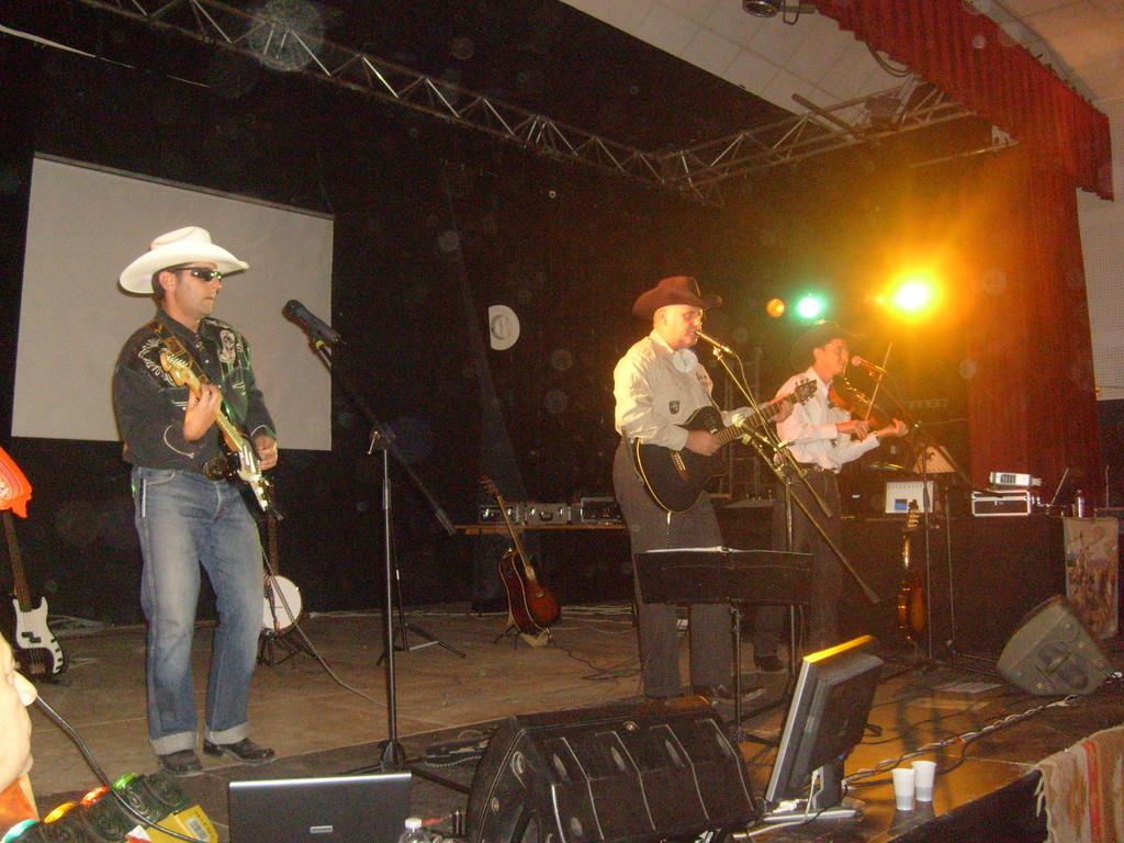 Soirée du 12/10/09 à Ventabrun chez HORSES & COUNTRY